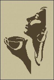 Женщина с ароматом кофе